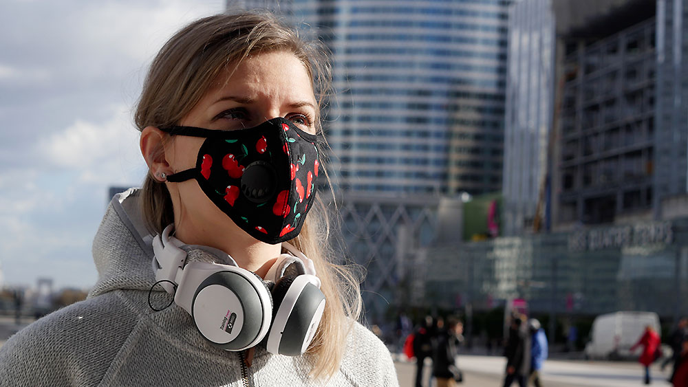Shooting photo Blossum Mask anti-pollution